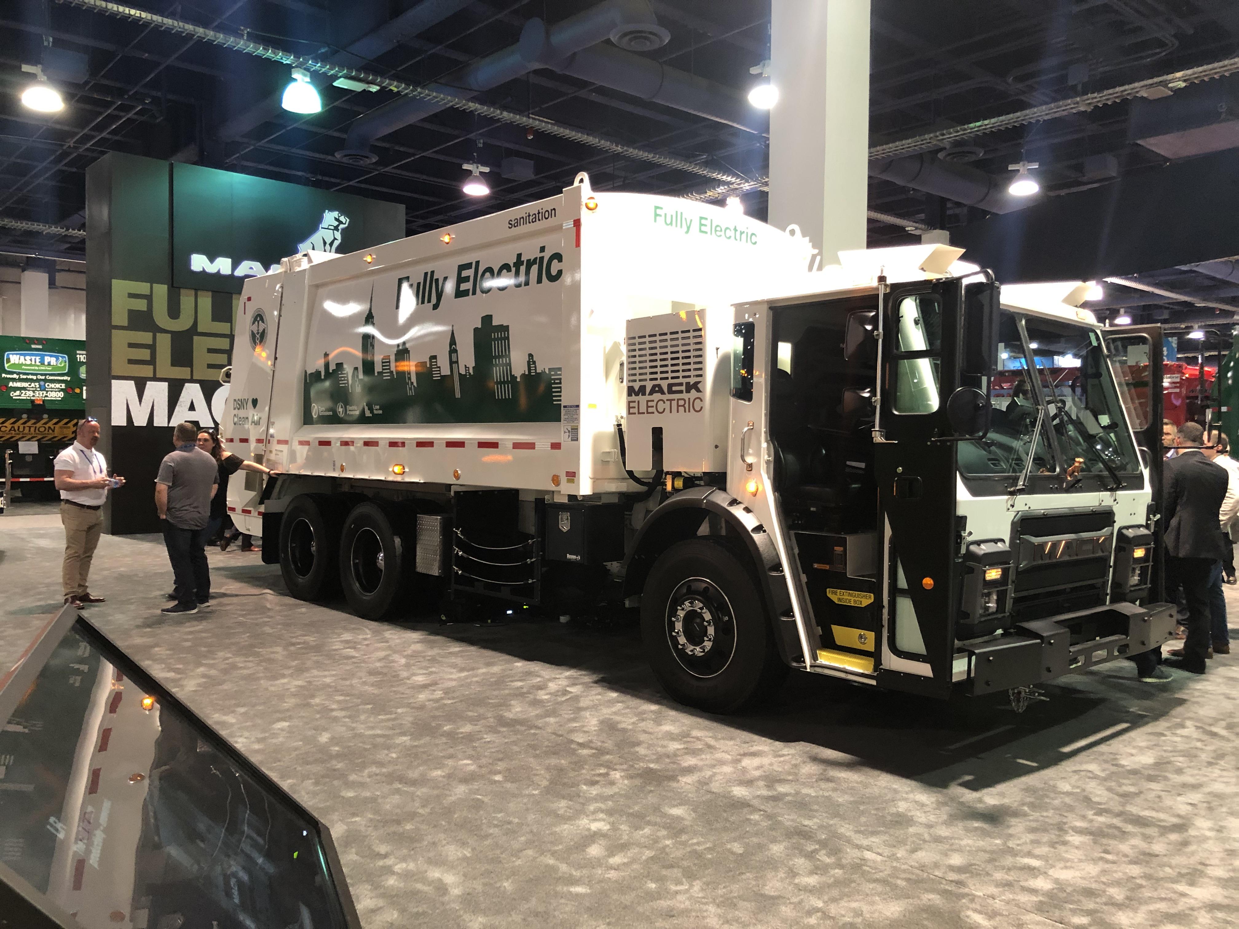 Mack Trucks has developed an Electric Rear Loader Trash Truck