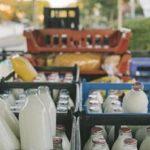 Milkmen in London having renewed interest in their decades old service